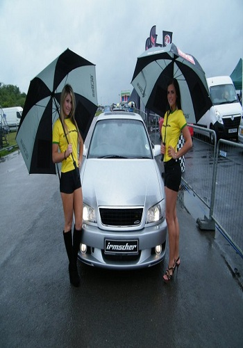 promotional-models-santa-pod-grid-girls-modified-cars