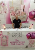 exhbition-staff-yankee-candles-london