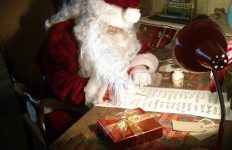 top ten Christmas facts