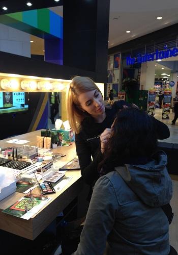hire make-up artist