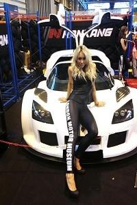 promo girls autosport show